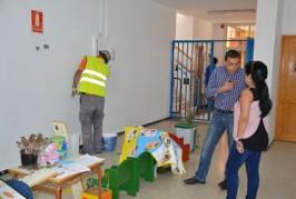 El ayuntamiento ejecuta obras de mejora y reforma en los centros educativos del municipio