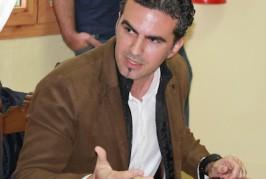 Juan Carlos Atta (AV): «Un gobierno serio devolvería lo cobrado de más por la depuración»
