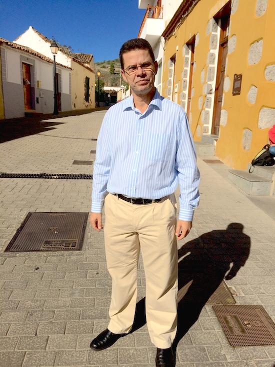 Entrev. Domingo Cabrera 2w