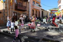 Los más pequeños del municipio se lo pasaron en grande la Víspera de Reyes.