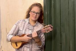 La timplista valsequillera Laura Martel presenta su primer disco «Punto de Partida»
