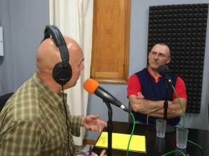 Orlando de la Guardia durante la entrevista a Francisco Armas de León.