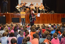 El floclore canario se cuela en los colegios de Valsequillo