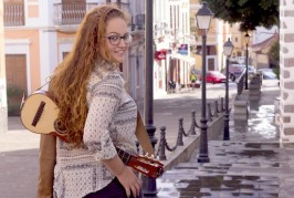 Valsequillo da todo su apoyo a la joven timplista Laura Martel