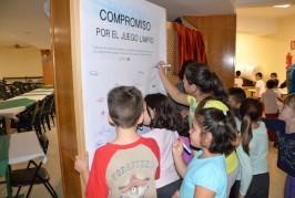 Un centenar de niños participaron en la inauguración de los Juegos Escolares Municipales