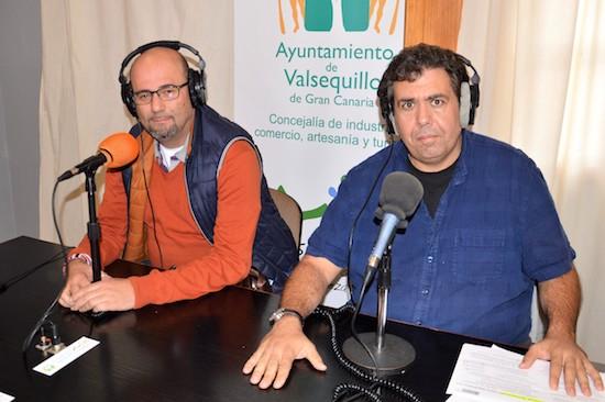 concejal AEDL, Eduardo Deniz y el tecnico del proyecto Miguel Araña 1w