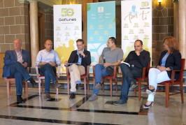 Los Gofiones presenta el espectáculo '50 años por ti' que ocupa durante cuatro días el Teatro Pérez Galdós