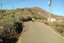 Valsequillo continúa su trabajo de mejora y limpieza en los barrios del municipio