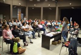 """En esta tercera edición de """"La Caca de la Vaca» en Valsequillo participan más de cien familias, seis colectivos y asociaciones benéficas"""