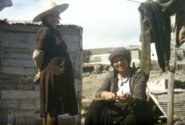 El Cabildo recupera siete viejas películas de cuatro vecinos que descubren una imagen singular de la Arucas de los años 70