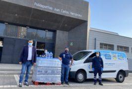 Aguacana dona más de 600 litros de agua entre los más necesitados