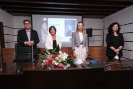 """Guacimara Medina: """"La biografía de Yolanda Arencibia es fundamental para seguir insistiendo en el reconocimiento que Galdós se merece"""""""
