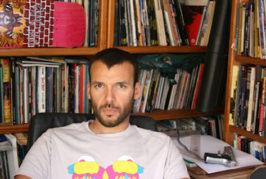 El Club del Cómic de la Biblioteca Insular nos invita a conocer el álbum 'Nela', del teldense Rayco Pulido
