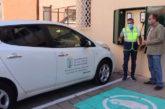 El Ayuntamiento de Las Palmas instala un nuevo punto de recarga eléctrica para taxis y vehículos municipales