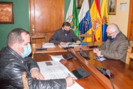 El Ayuntamiento de Valsequillo se reúne con el consejero del Sector Primario del Cabildo