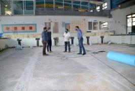 El Ayuntamiento de Valsequillo inicia la reparación del vaso de la piscina interior del Complejo Municipal