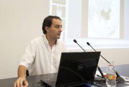 Fabio García Saleh analiza la novela 'Aita Tettauaen' de Galdós, su relación con Fernando León y Castillo y la situación política de 1904